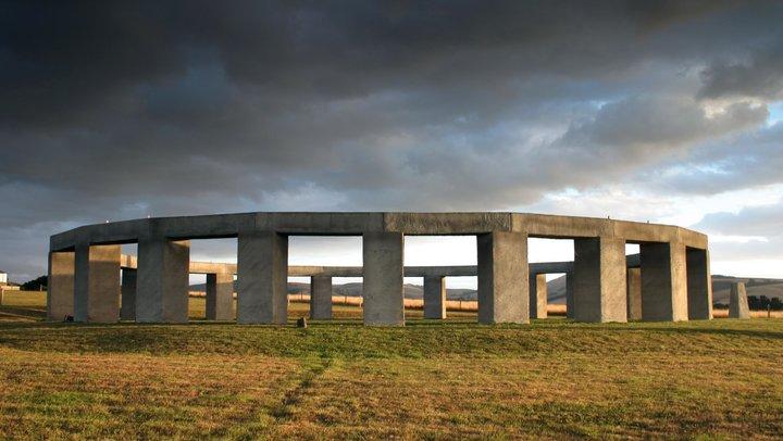 stonehenge-aotearoa-panorama